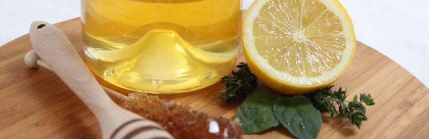 蜂蜜檸檬水功效? 聽說能治療皮膚瘤及汗斑疹是真的嗎?