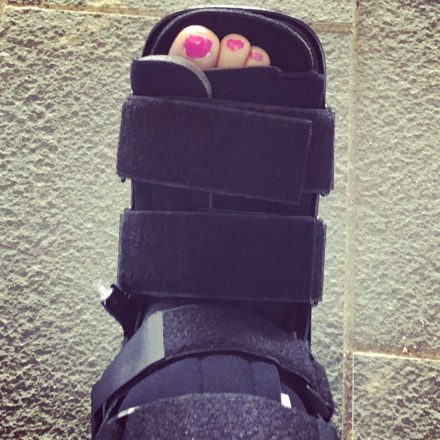 How To Survive A Broken Foot While in a Walking Boot - Momma On The