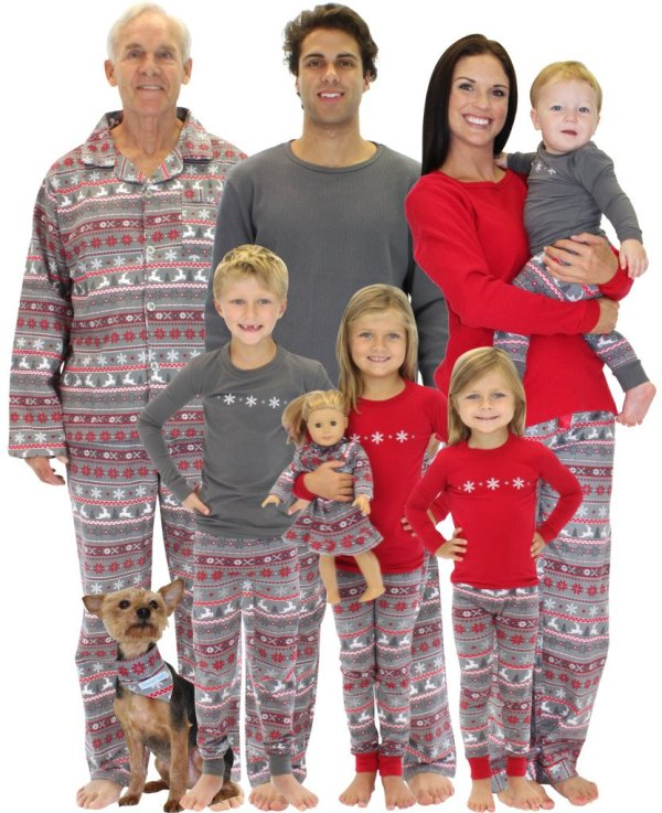 Family Matching Holiday Pajamas Giveaway! Enter to Win