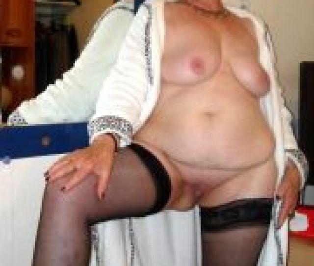 Old Women Boobs Pics
