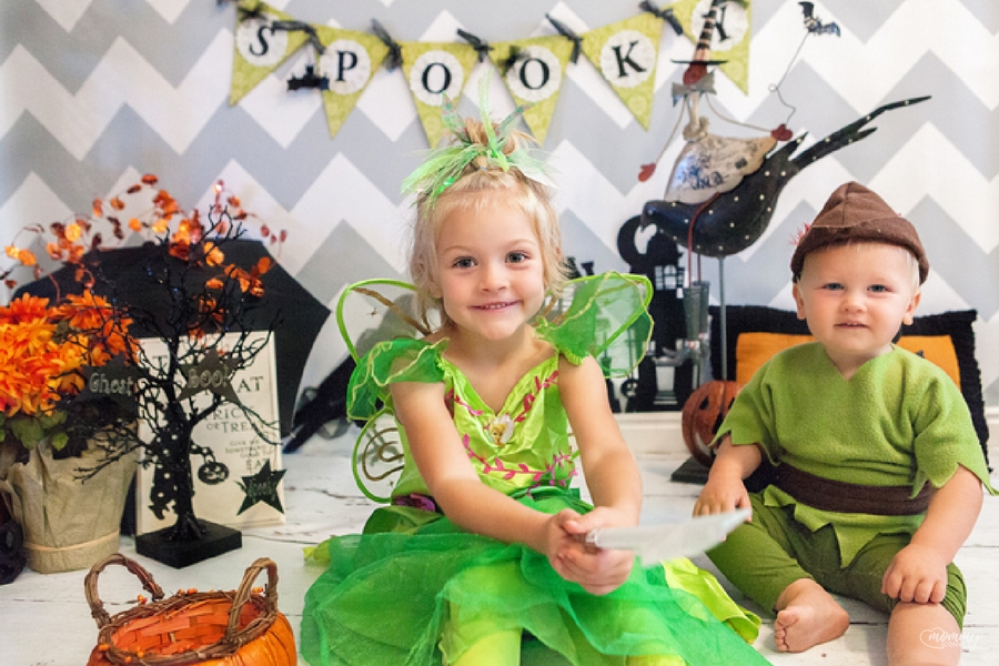 14bf1d57dde DIY Halloween Costumes and Easy Spooky Treats - Mommy Convos