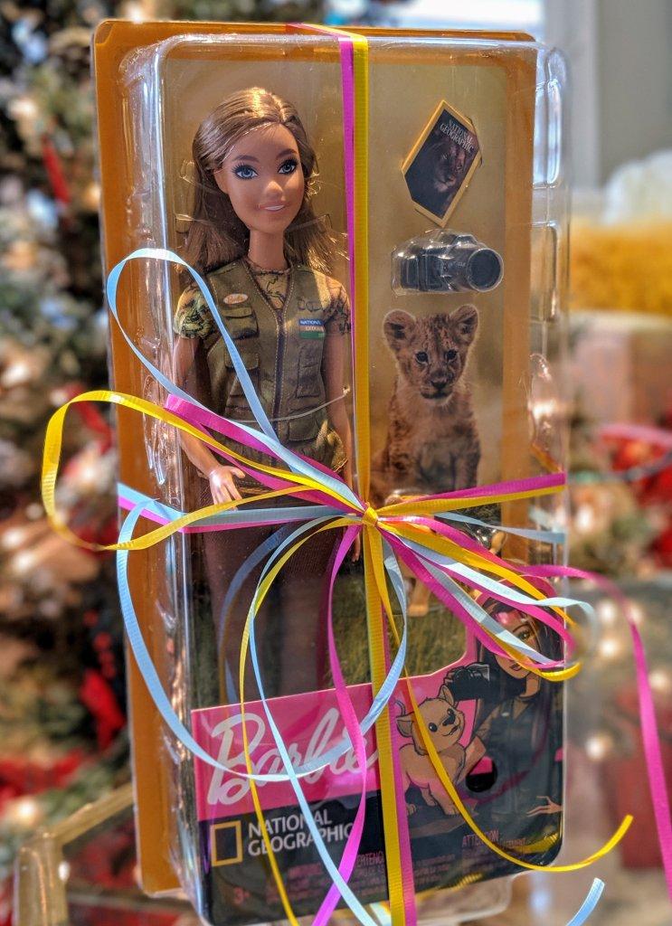 photojournalist-barbie