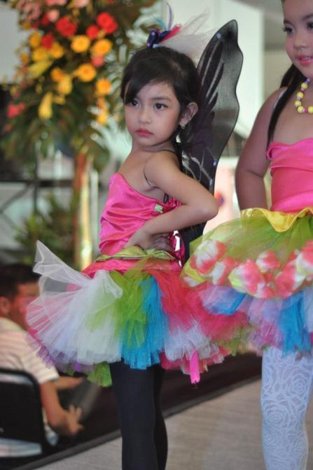 Colorful fashion show by Tiddle Tots