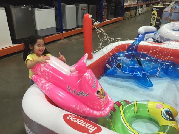 floating-toys