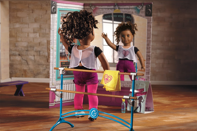 American Girl Gabriela Creative Studio Doll Set