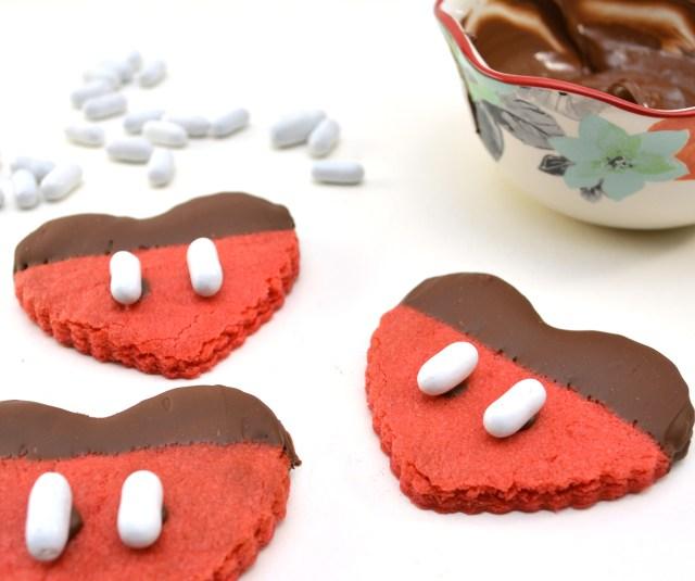 Mickey-Heart-Valentine-Cookie-Recipe