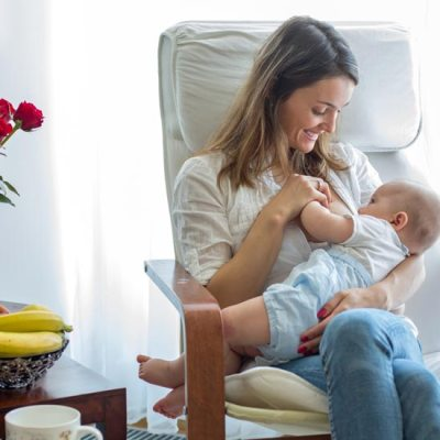 Everything You Need to Know About Thrush While Breastfeeding (for mama and baby!)