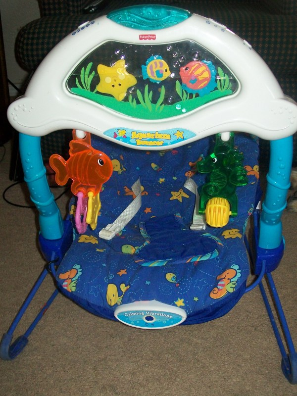 Mommy Market - Aquarium Bouncer