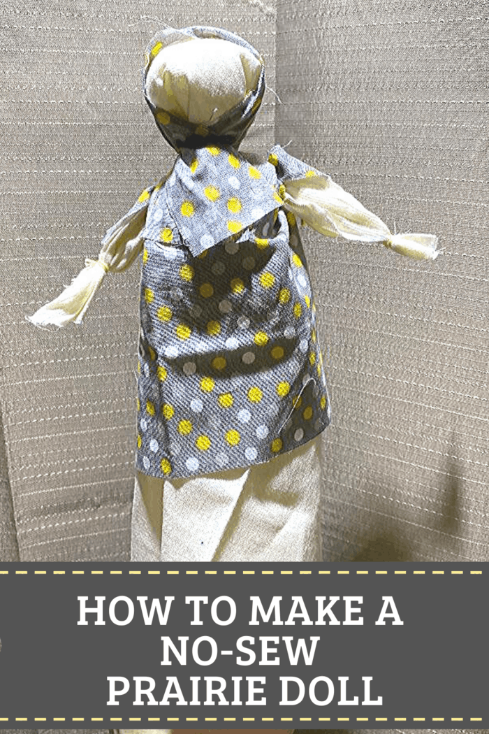 Tutorial to Make a No-Sew Pioneer Doll. It takes just minutes to make this NO SEW Prairie Rag Doll with HOURS of fun! #nosew #craftsforkids #lauraingallsdoll #prairiedoll #ragdoll #pioneerdoll