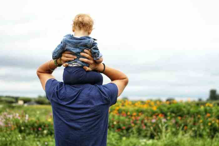 Tips for dads in a tough economy