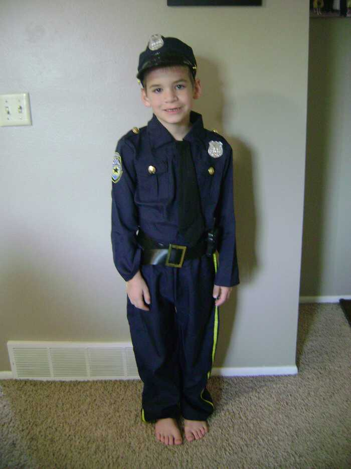 Party City Costumes police officer costume
