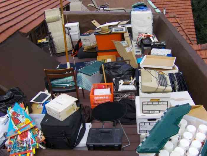 5 Tips for Dealing With Clutter in Your Home