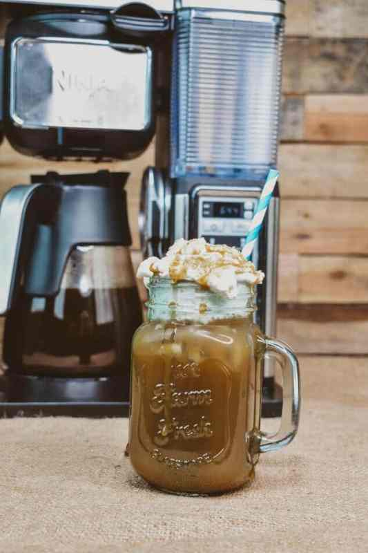 This Caramel Macchiato Forte Recipe is exactly what the name says coffee stained with a caramel froth. So good. So Easy.