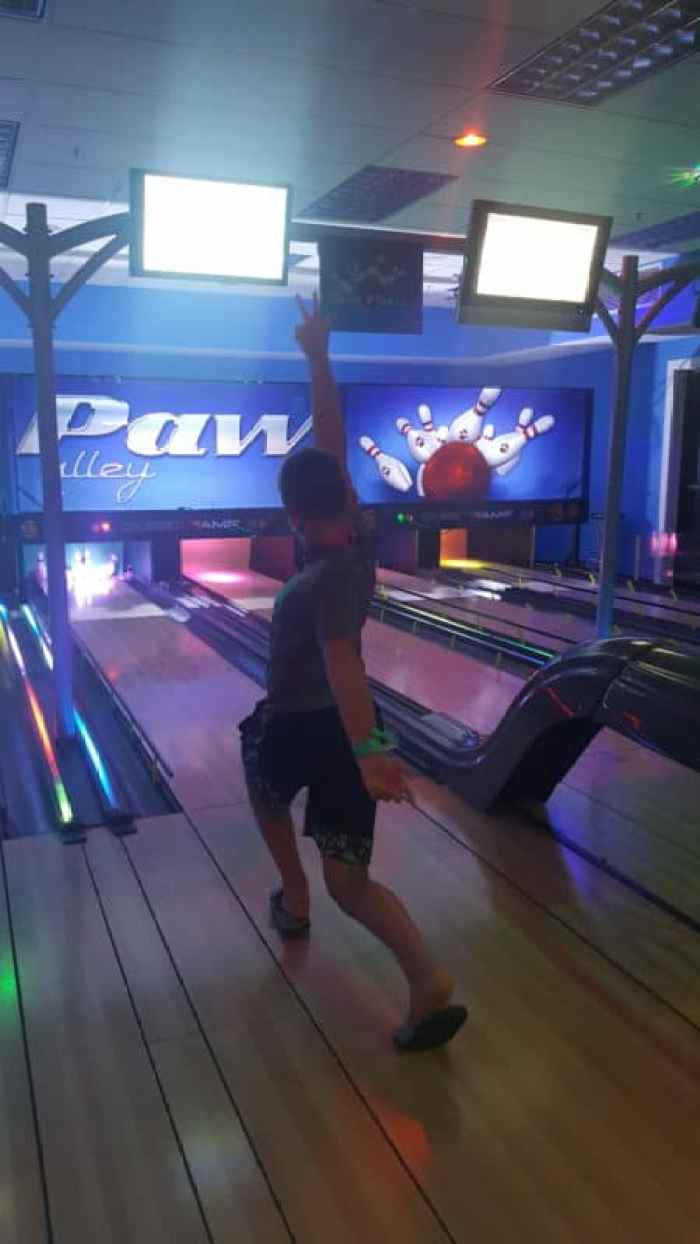 great wolf lodge bowling ten paw alley
