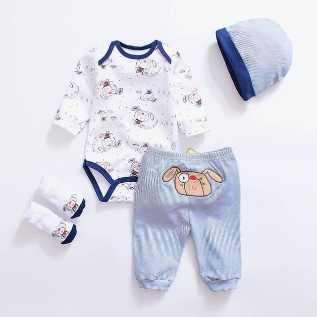 Important Things to Consider While Buying Newborn Baby Boy Clothes