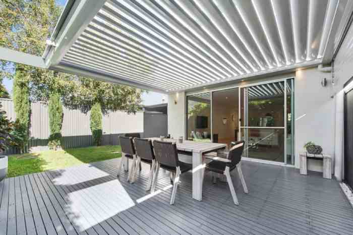If you want to extend your outdoor living space or bring the inside-outside, then consider these four reasons for installing an opening-roof system.