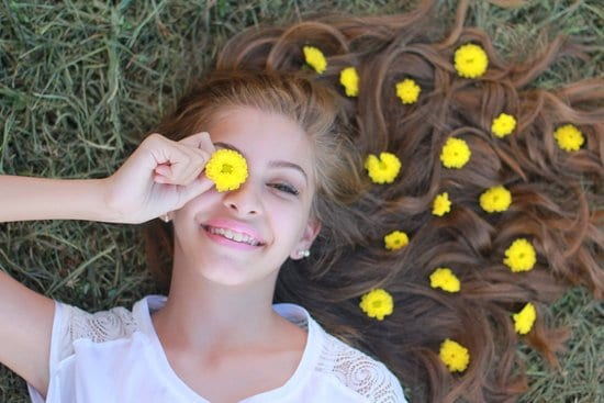 Here are five of the top natural ingredients that can help with acne and help give your teenager beautiful teenage skin.
