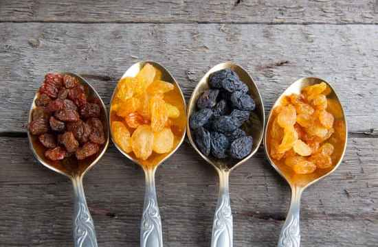 Raisins come in tons of different varieties. The following are some of the most popular types you might want to look for the next time you're at the grocery store: