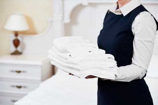There are many reasons as to why people would wish to hire a maid service.