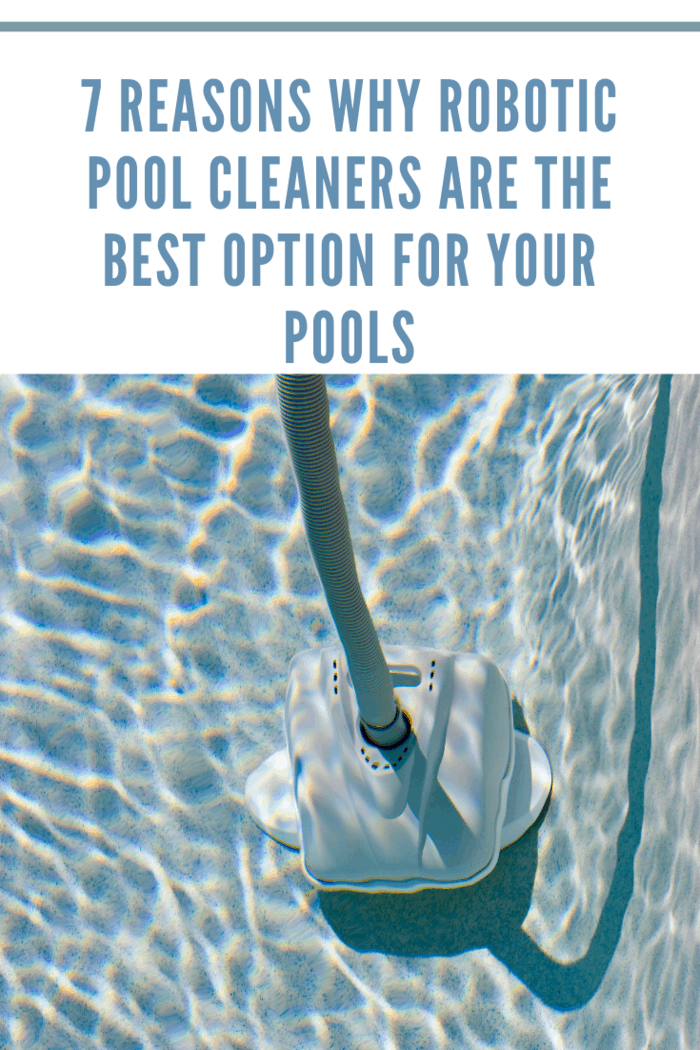 Swimming pool cleaner machine