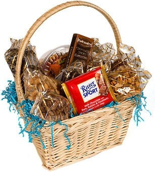 A List Of Heart Touching Birthday Gifts Ideas For Your Mom Gift Baskets