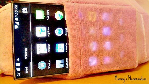 Cabeau Evolution Pillow smart phone pocket