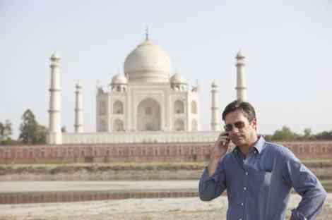 #MillionDollarArmEvent Jon Hamm in front of Taj Mahal