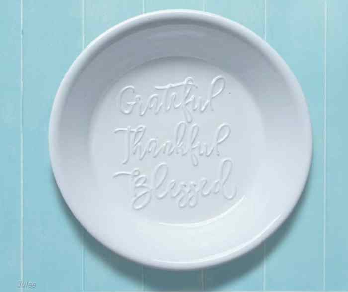 precious moments bountiful blessings pie plate