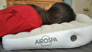 The AiroSpa Pillow Brings the Spa Home with Aromatherapy