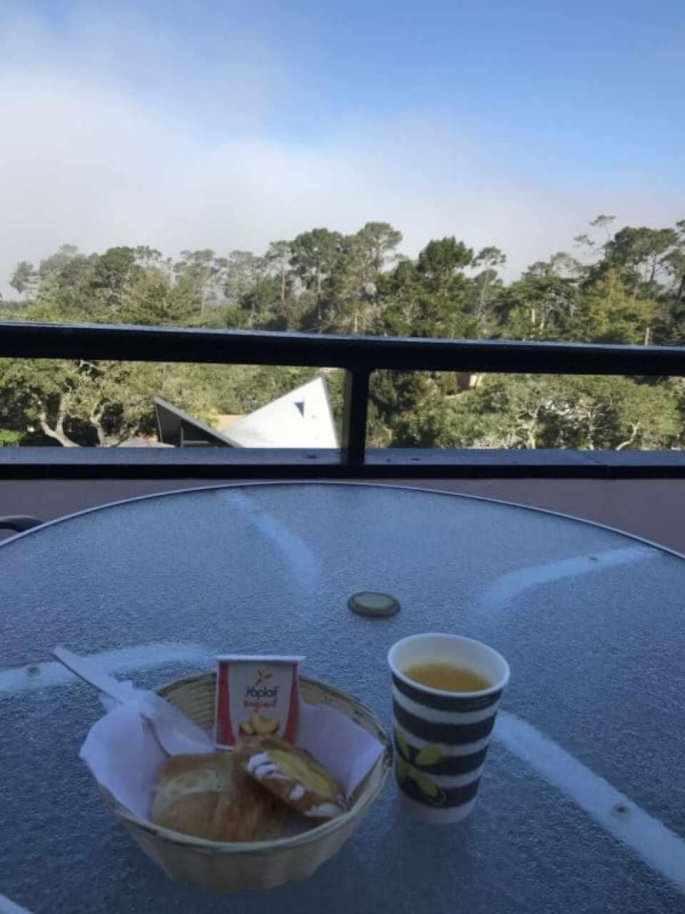 breakfast on the balcony at hofsas house