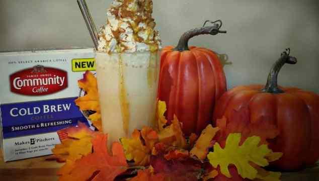 Salted Caramel Pumpkin Spice Frozen Coffee #Recipe