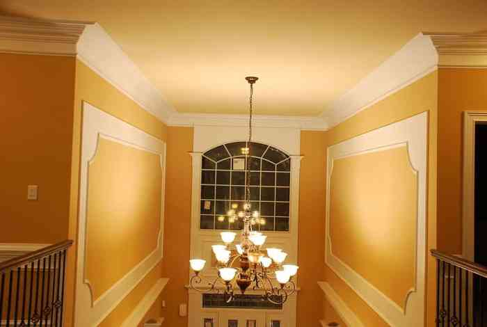 crown molding 10 Ways to Make Your Home Luxurious
