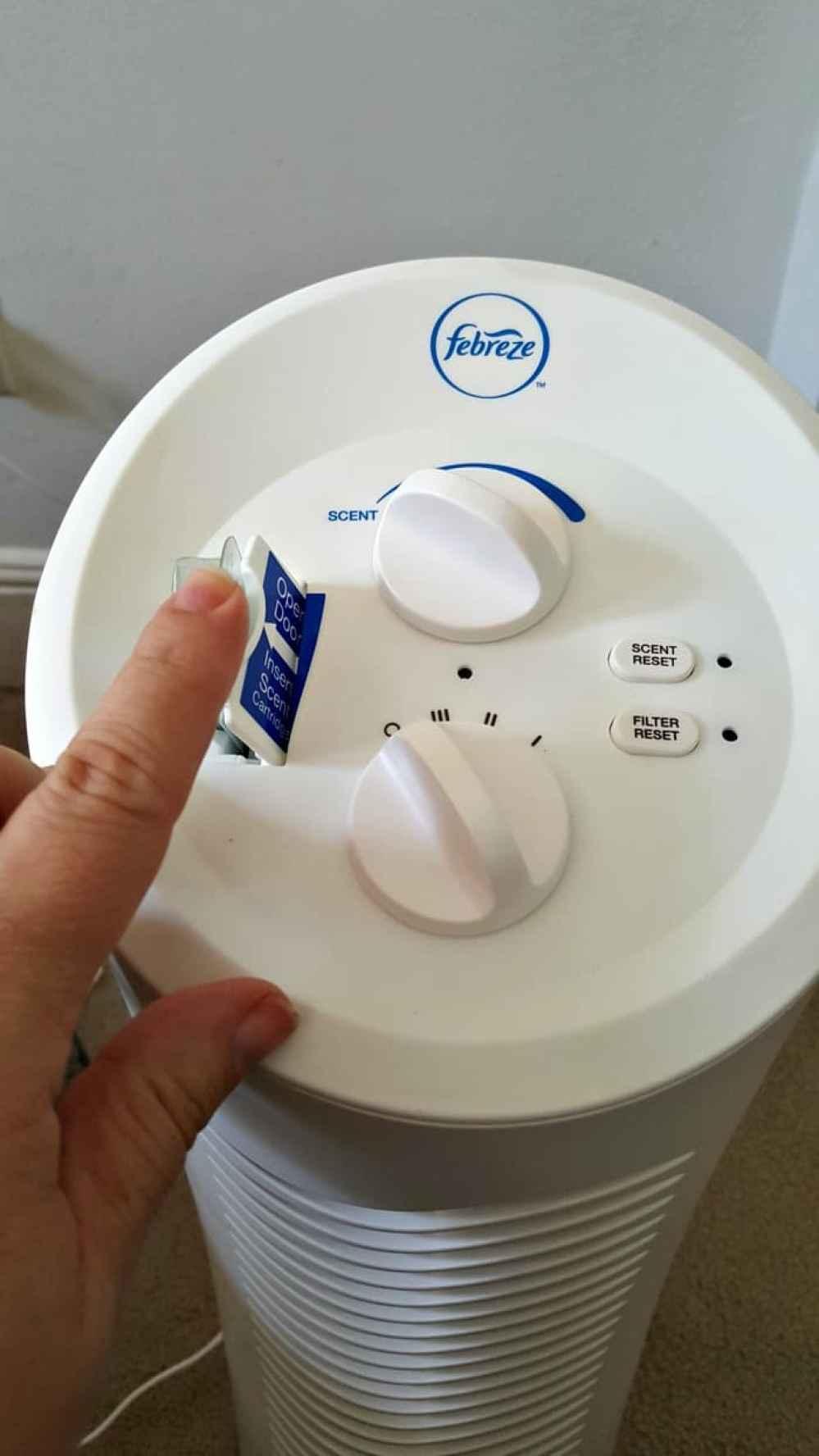 febreeze air purifier inserting scent cartridge