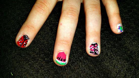 hot design nail art close up