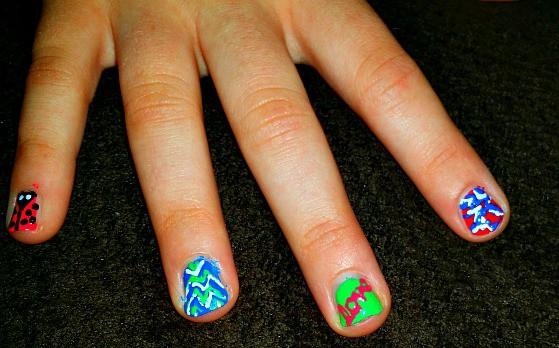 hot designs nail art close up designs
