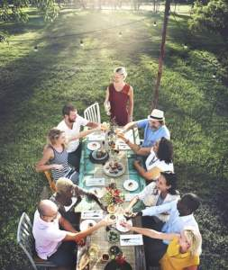 How to Throw the Perfect Springtime Garden Party