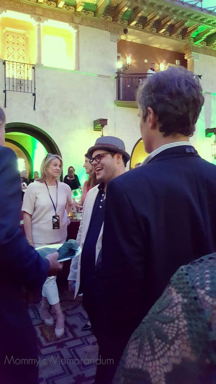 josh gad at the pete's dragon premiere party