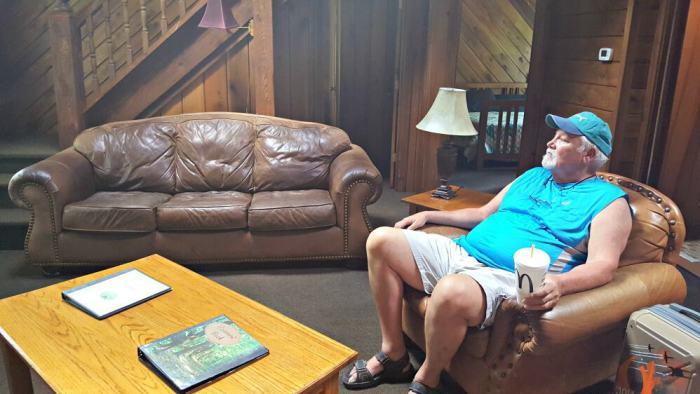 new river gorge cabins grandpa found his chair