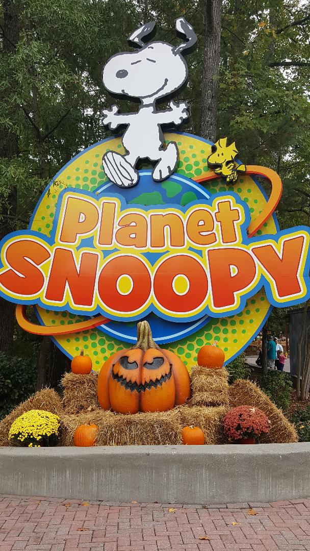 planet snoopy the great pumpkin fest
