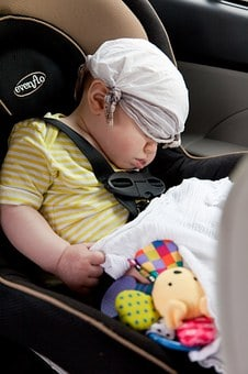 How To Keep Your Baby Comfortable During A Car Journey On A Hot Day