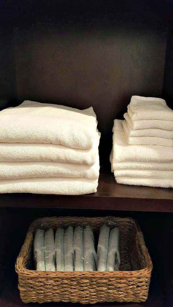 windsor boutique hotel plush towels