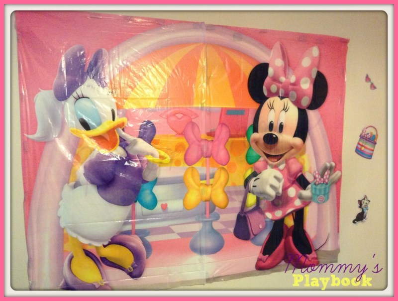 Minnie Mouse Photo Wall