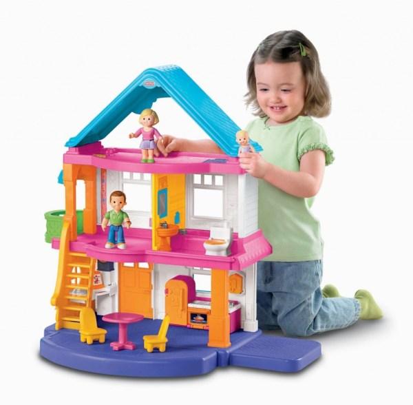 Great Dollhouses Make Christmas Dreams True