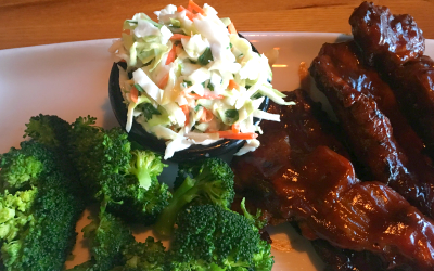 Invite Your Friend with a Big Appetite to Applebees