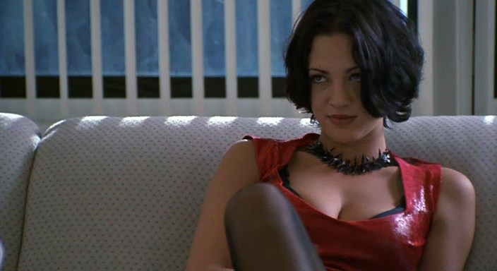 New-Rose-Hotel_movie1998_16
