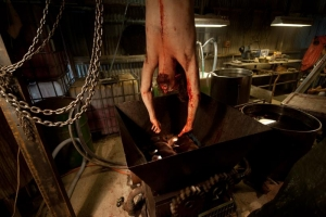100_Bloody_Acres-movie2012_16