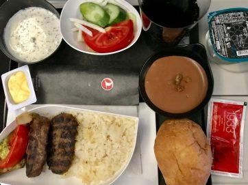 トルコ航空イスタンブール〜成田の機内食-1