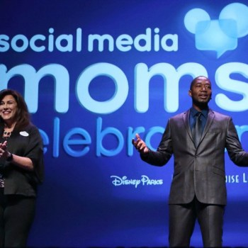 When Magic And Motivation Meet: 5 Quotes from Disney Social Media Moms Conference to Inspire You