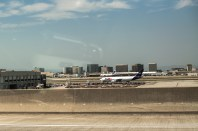 trip-to-los-angeles-fed-ex-plane-mom-photographer-8
