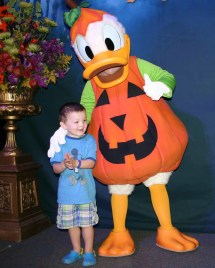 Complete Guide Celebrating Halloween Disneyland